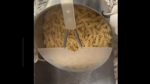 Straining food easily directly from the pot