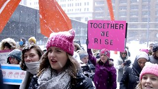 This College Student Led Her Own Women's March In Chicago