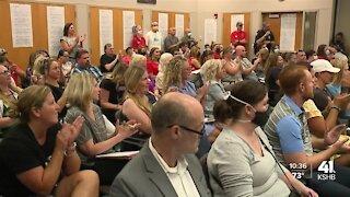 De Soto Unified School District 232 implements mask mandate