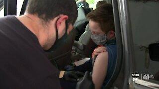 Metro-area kids start getting vaccinated