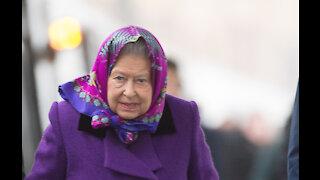 Queen Elizabeth selling beer