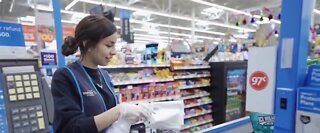 Walmart workers getting a bonus