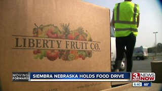 Siembra Neraska holds food drive