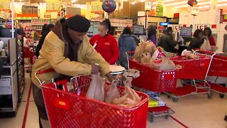 As Maryland considers a plastic bag ban, a nationwide bag shortage could pose problems