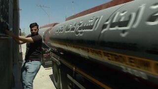 Hamas Rockets Hit Aid Convoy At Israel-Gaza Border Crossings