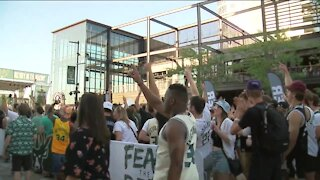 Fans to return at Fiserv Forum in full capacity for Game 3 as Bucks take on Nets