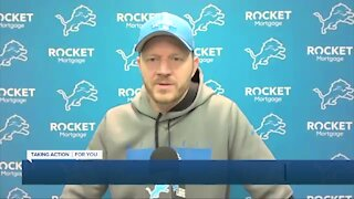 Darrell Bevell takes over at Lions practice
