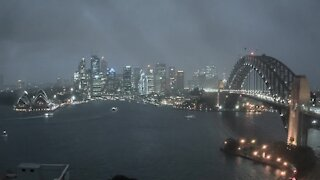 Lightning strikes incredibly close to ferry in Sydney, Australia