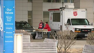 Hospital workers receive free meals