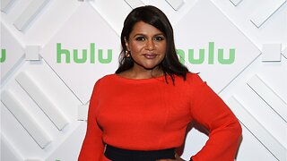 Mindy Kaling Turned Down 'Dream Job' To Stay On 'The Office'
