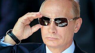 Putin ACCUSES Biden of PERSECUTING TRUMP SUPPORTERS!!!