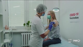 Health experts: don't ditch your face mask once vaccinated