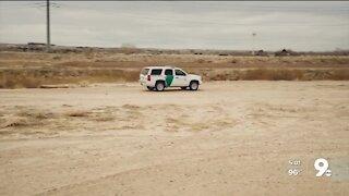 Border Patrol agent stabbed near Nogales; suspect fatally shot