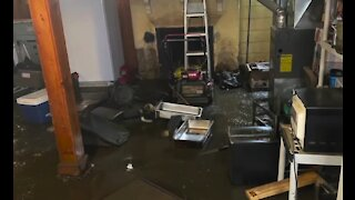 Flood victims still begging for help nearly one month later