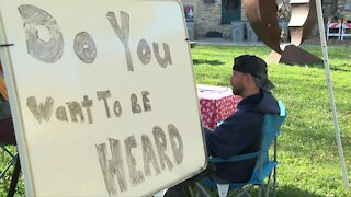 Milwaukee woman creates 'Empathy Booths' after election