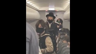 Hasidic Jewish Family Kicked Off Flight Allegedly Over Maskless Baby