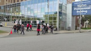 Mercy Hospital workers begin fourth week of strike, negotiations about staffing ratios continue
