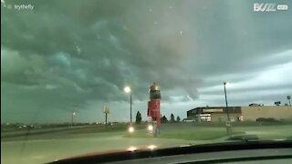 Voici des images du début d'une tempête capturée dans le Nebraska!