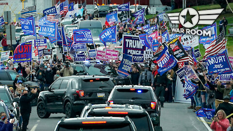 Biden Motorcade Surrounded By Trump Supporters In Pennsylvania