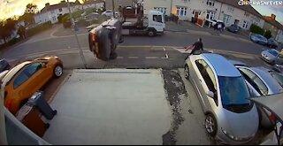 ☠Car Crash Compilation - Bad Drivers & Driving Fails 2021