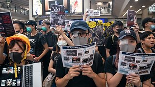 Hong Kong Airport Cancels More Than 100 Flights Over Protest