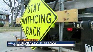 Crews prepare for Milwaukee's first snowfall of the season