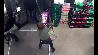 Video of armed robbery suspects in Detroit