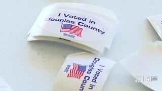 Advance voting begins in Kansas