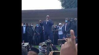 Zuma addressing supporters outside court
