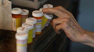 Senators Propose Bipartisan Bill To Lower Prescription Drug Prices