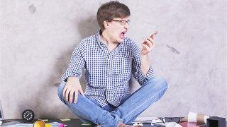 How To Handle Social Media Jealousy