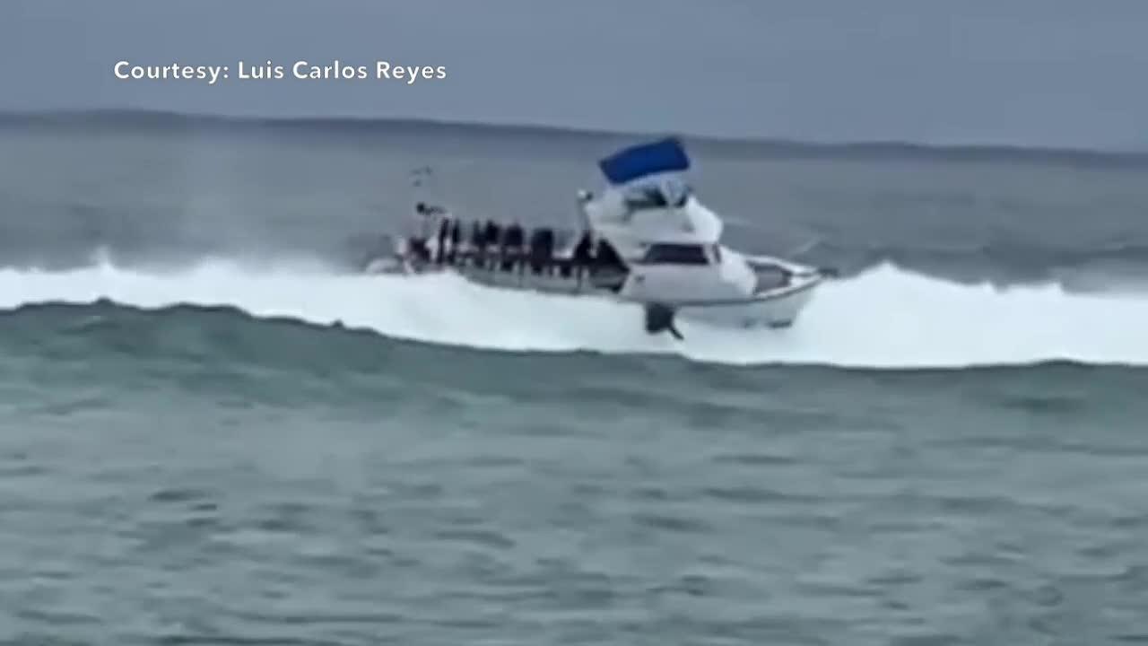 VIDEO: Man thrown from boat in Boynton Beach Inlet