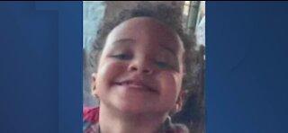Las Vegas police seek help finding missing 2-year-old boy