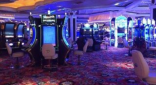 Vegas casinos, businesses close down amid coronavirus concerns