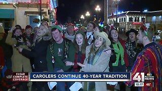 Carolers continue 40-year tradition