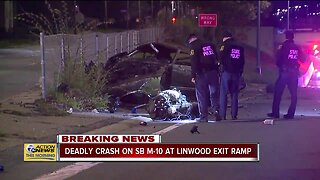 Deadly crash on southbound M-10 at Linwood exit ramp