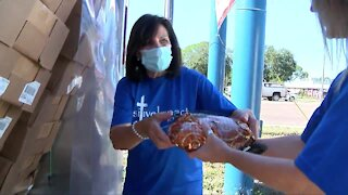 St. Pete church prepares to give out hundreds of Thanksgiving meals