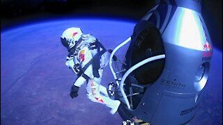 Jumping From Space - Red Bull dive from space