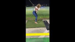 Epic fails: Girls gone golfing