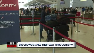 Big crowds make their way through DTW