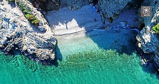 Drone magnificently captures the secret beaches of Athens, Greece