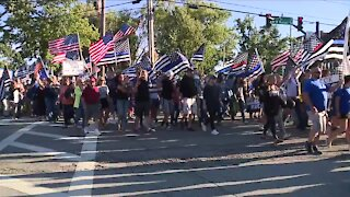 Rally in support of law enforcement, allowing 'thin blue line' flag held in Chardon