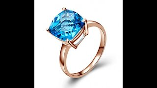 handmade Beautiful gold ring with blue sapphire and diamonds