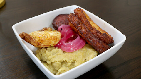 The BEST Mangu Con Los Tres Golpes (The Three Hits) Dominican Recipe