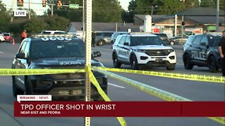 Police officer hurt in south Tulsa shooting