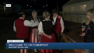 Music and dancing at Oktoberfest