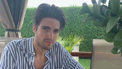 Yan Cacchione d'OD confirme qu'il est célibataire à nouveau