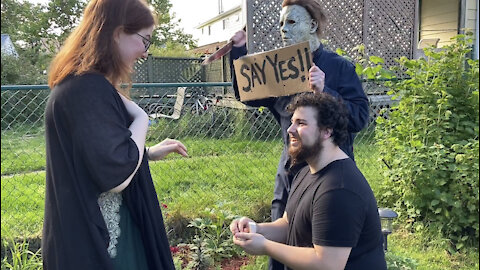 Horror ICON Michael Myers helps with a wedding Proposal