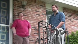 Western New York steps up for scammed Amherst couple