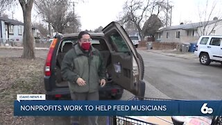 Pop-up food bank helps feed local musicians in the new year